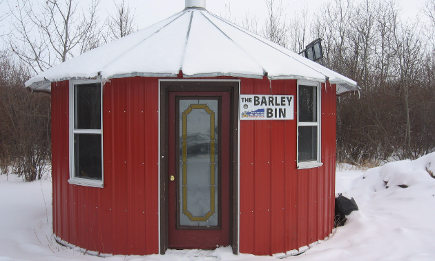 The Barley Bin Shelter on Trail 101G.