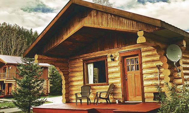 Cabin at Glacier House Resort