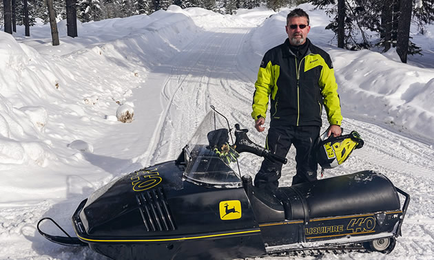 This eye-catching sled is a John Deere Liquifire 440, owned by Wade Boardman.