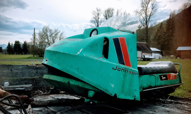 Front view of the Johnson sled.