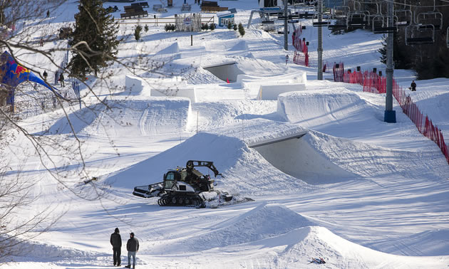 Sledhammers innovative snocross race was dreamed into existence to blend multiple elements.