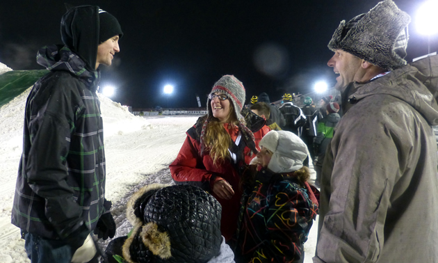 Cody Borchers talking to fans during a freestyle event.