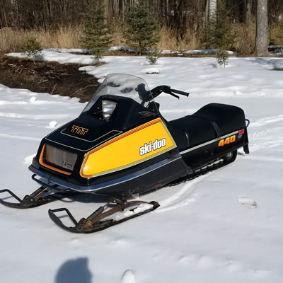 Picture of a 1978 Ski Doo 440 T'NT.