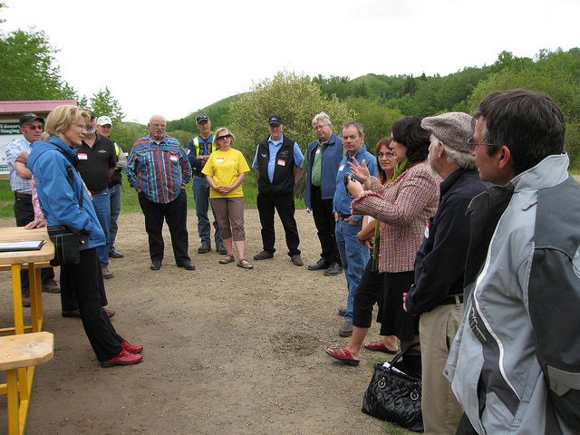 Former Minister of Tourism, Presidents of the ASA and AOHVA, Riverland Trail Society executive members and trail stewards gather along the trails.