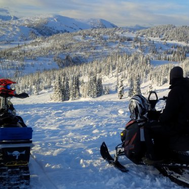 Sledding in Valemount