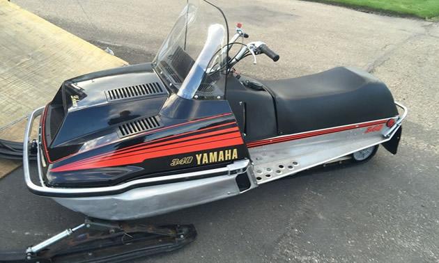 Old Sled Sighting: 1979 Moto-Ski Futura and Yamaha Enticer